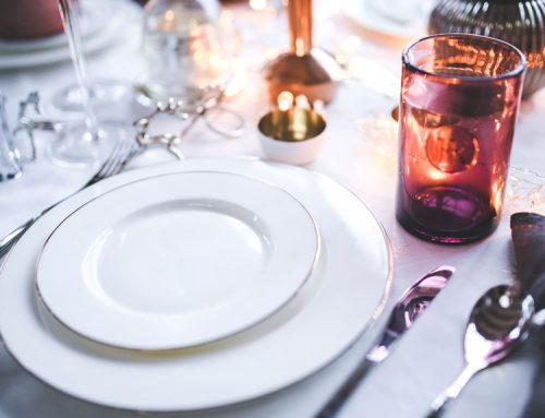 Addobbare i tavoli per il matrimonio
